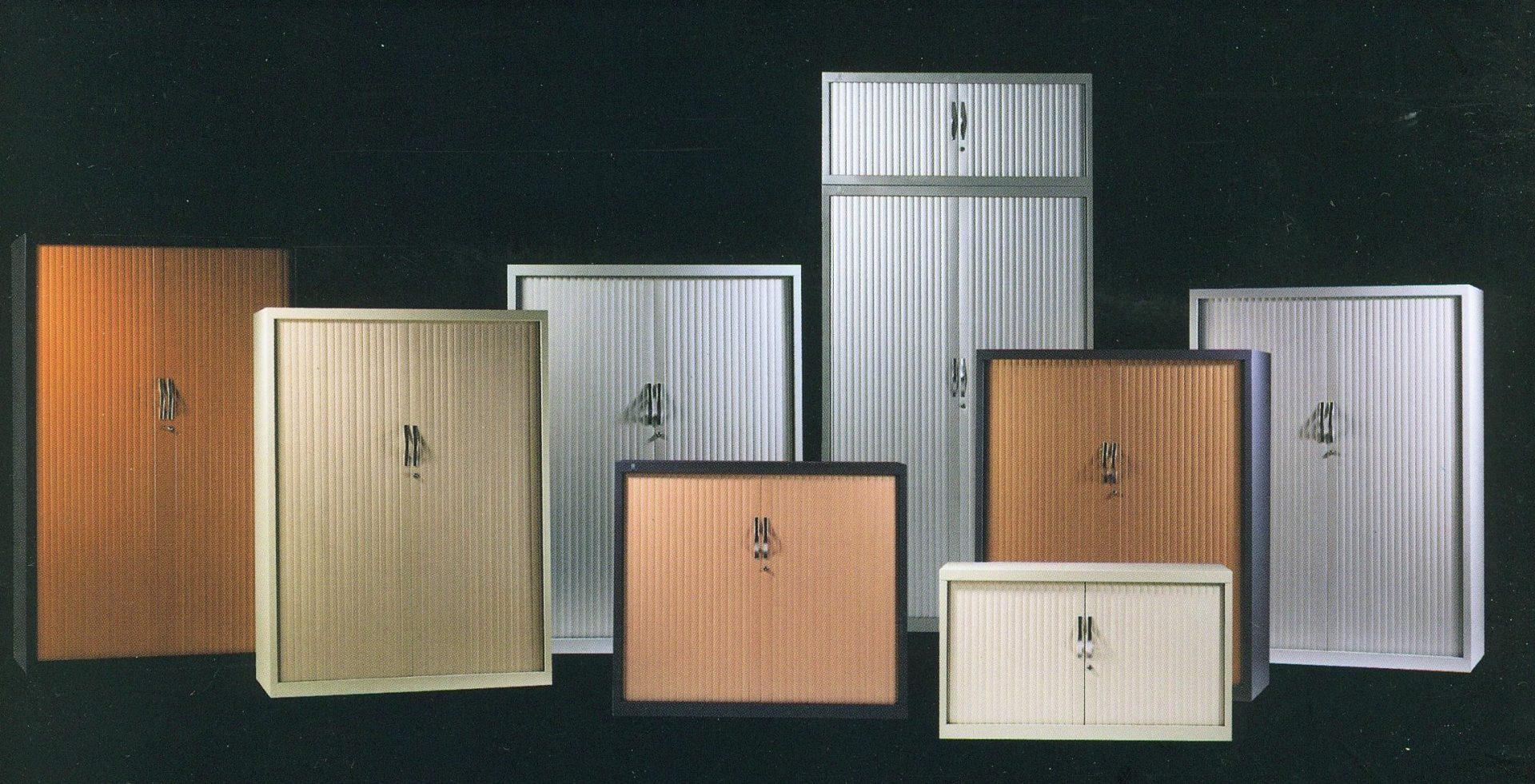 armoire porte rideau perfect vraiefausse armoire avec. Black Bedroom Furniture Sets. Home Design Ideas
