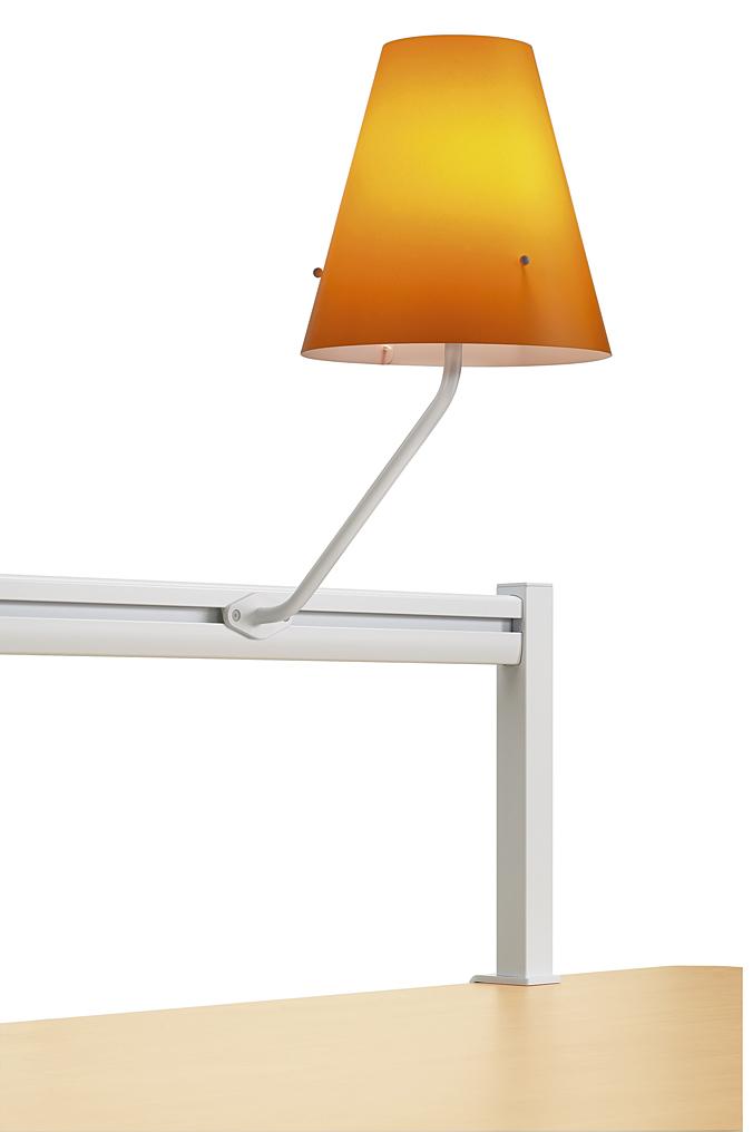 Lampe_Rail_COSY