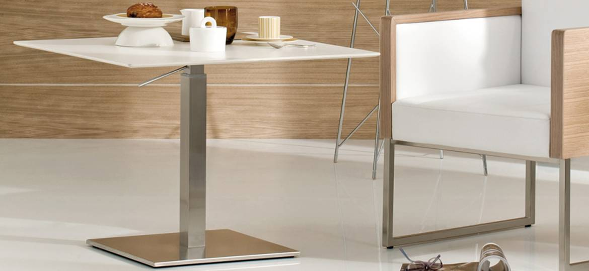 table basse de restauration inox 2m mobilier bureau. Black Bedroom Furniture Sets. Home Design Ideas