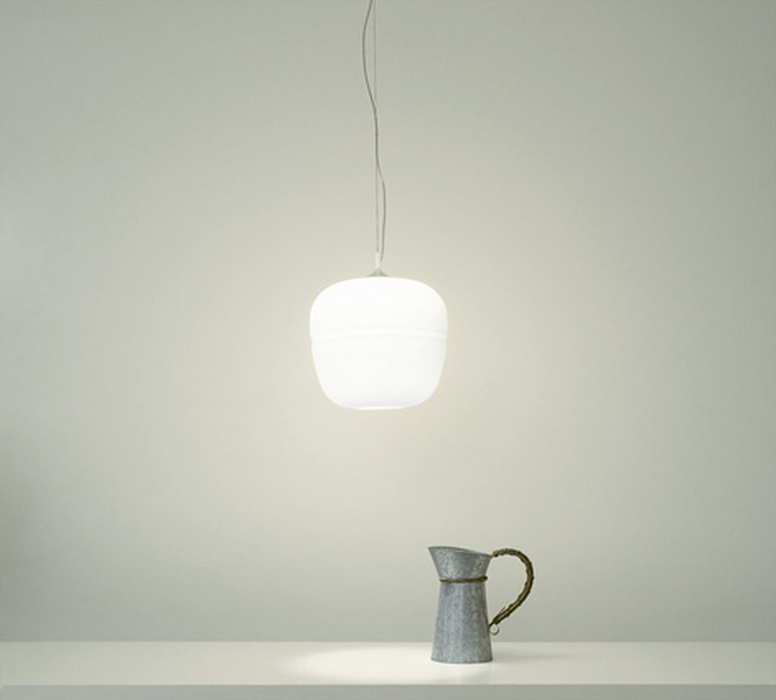 lampe de bureau suspendue en verre souffl afra 2m mobilier bureau. Black Bedroom Furniture Sets. Home Design Ideas