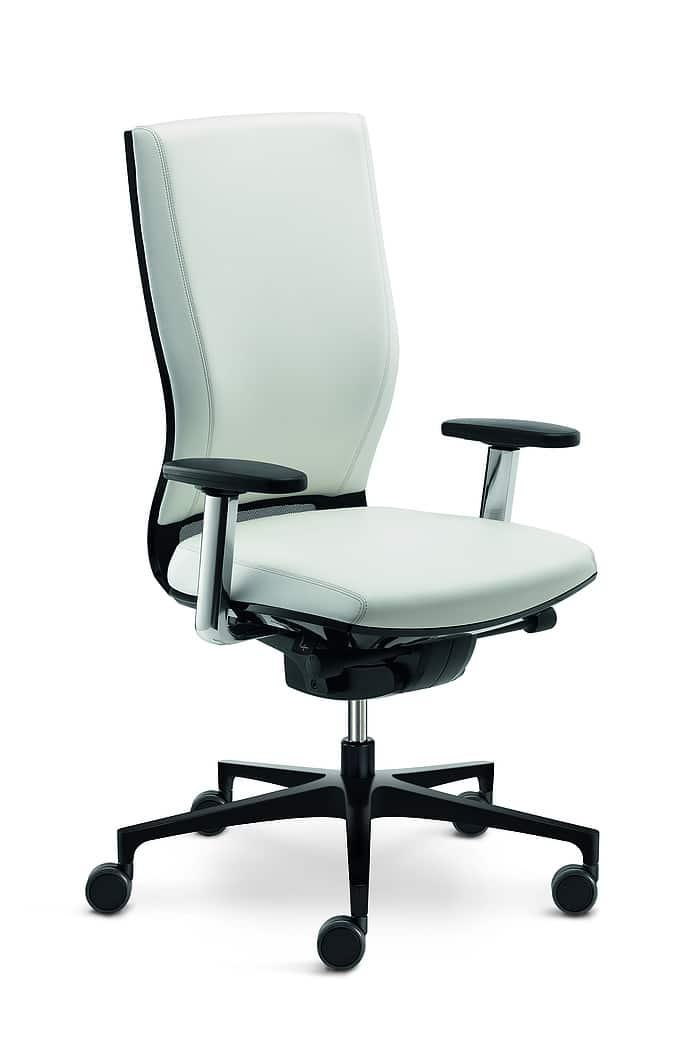 nettoyer fauteuil en cuir